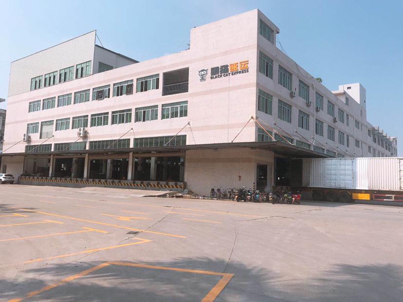 虎门带卸货平台高标准物流仓库30000平米,一楼高7米