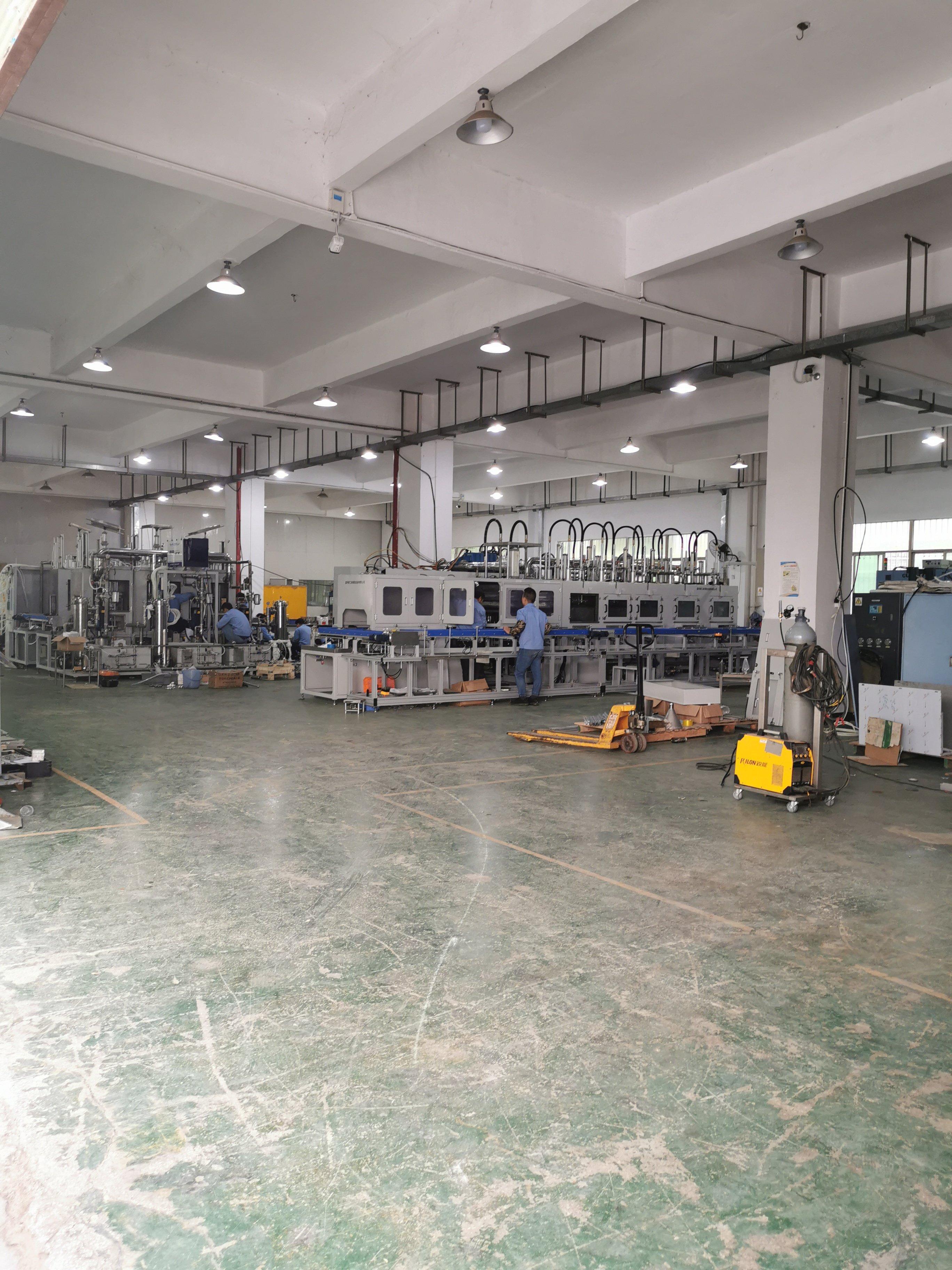 龙华大浪华荣路附近新出1300平厂房招租,可做重工业