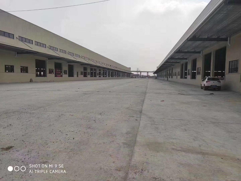 龙华新出一楼整层2200平厂房仓库招租,层高6.5米,精装修