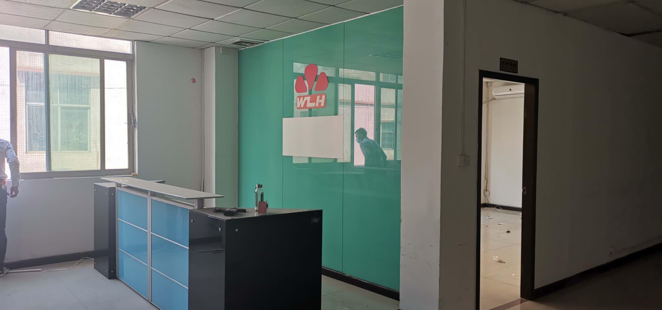 龙华新区大浪英泰工业区新出楼上精装无尘厂房750平,水电到位