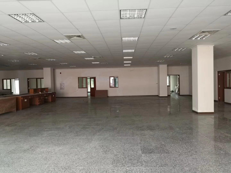 坪地中心村原房东520平现成装修厂房!适合电商、仓库、小加工