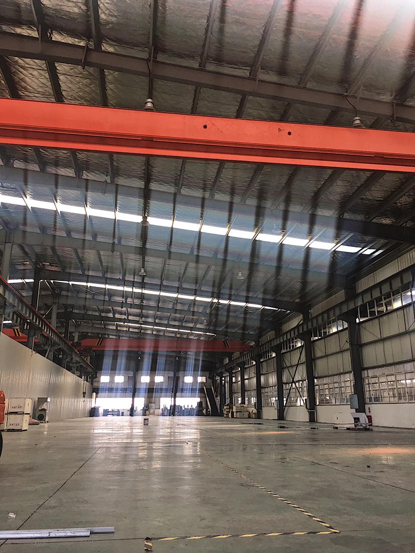 榔莉工业园1500平米带行车配电400千瓦