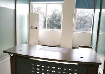 龙泉经开区内100平小面积写字楼可注册生产型企业配家具空调图片1