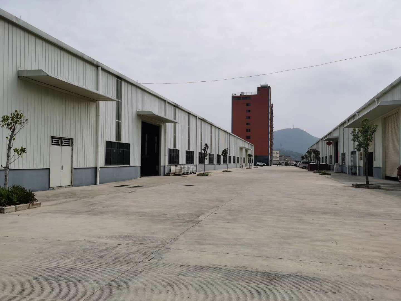仲恺潼湖高速出口旁200米原房东独院分租钢构厂房4500平