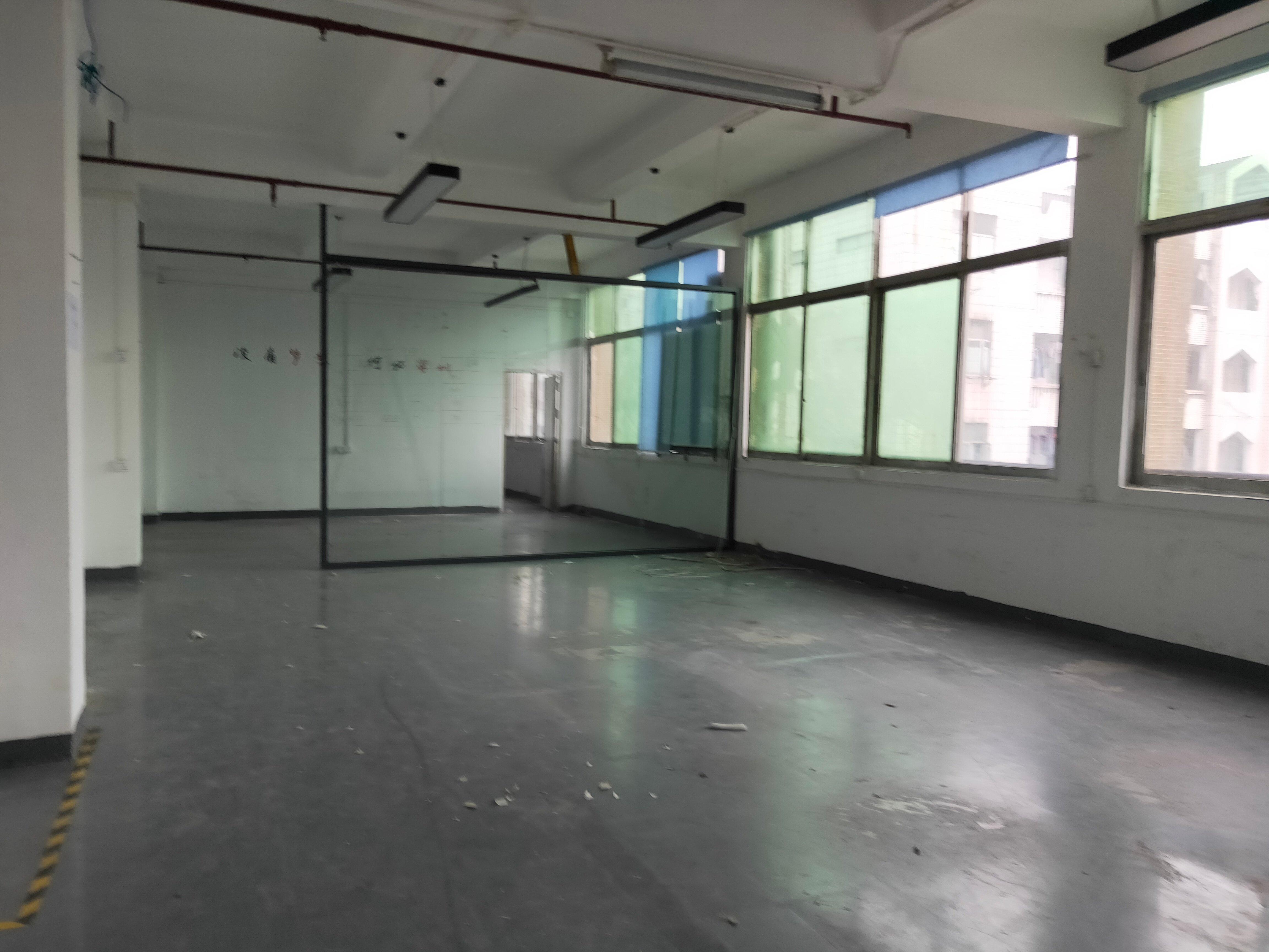西乡宝田独院厂房楼上带装修475平米办公,生产,仓库…出租