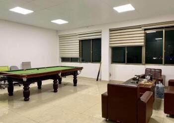 万江中心地段办公室可分租图片2