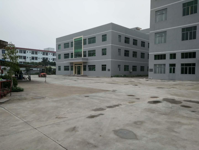 深圳福田占地8000空地超大的国有红本厂房。