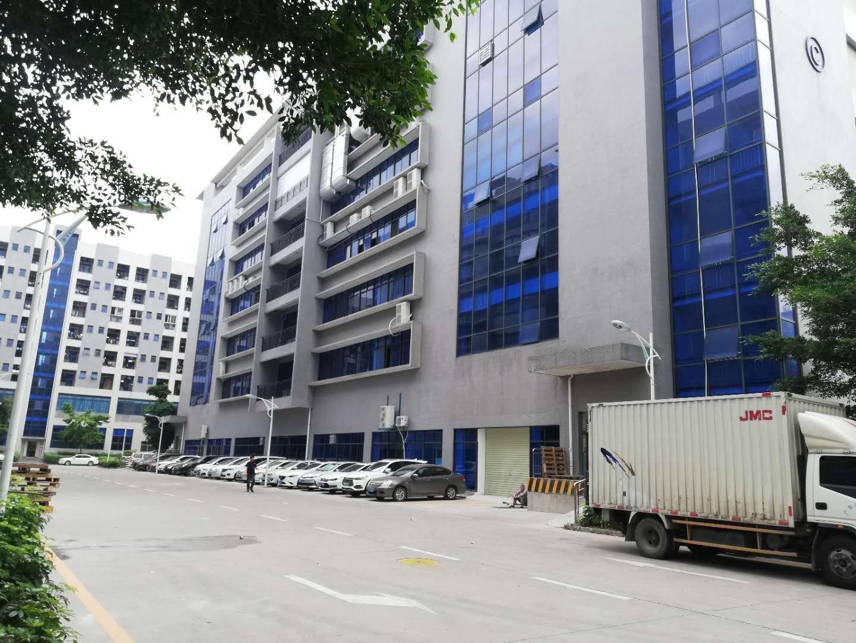 坪山大工业区新出原房东楼上整层2200平米红本厂房出租