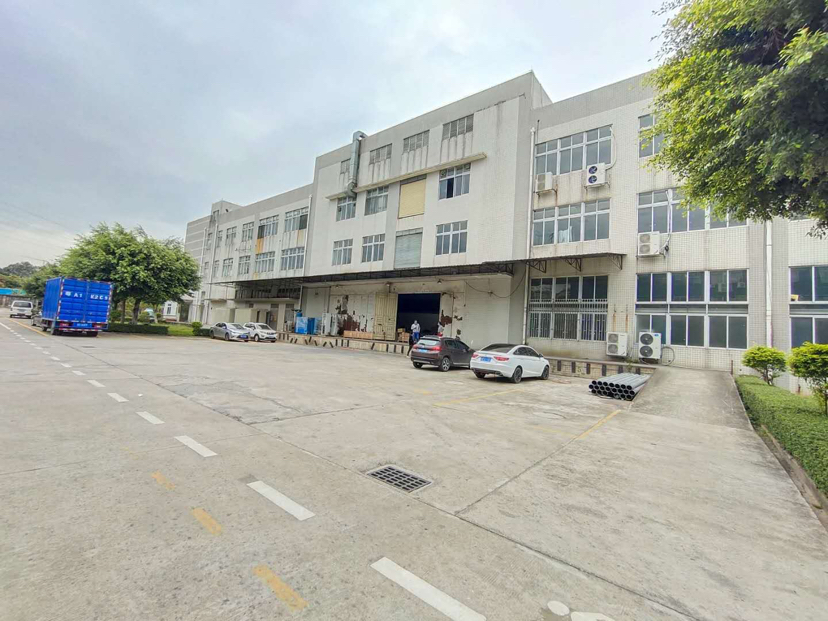 黄埔区东区花园式标准厂房1-3层24000出租,证件齐空地大