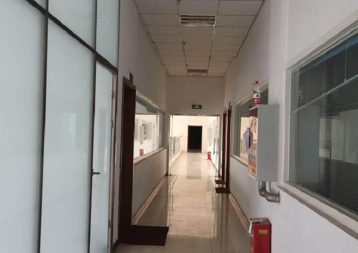 550平精装修办公室可注册生产型企业带家具空调图片2