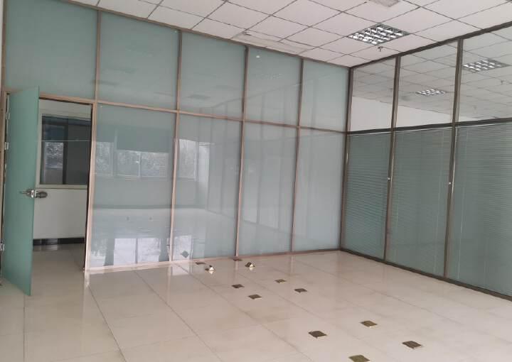 550平精装修办公室可注册生产型企业带家具空调图片3