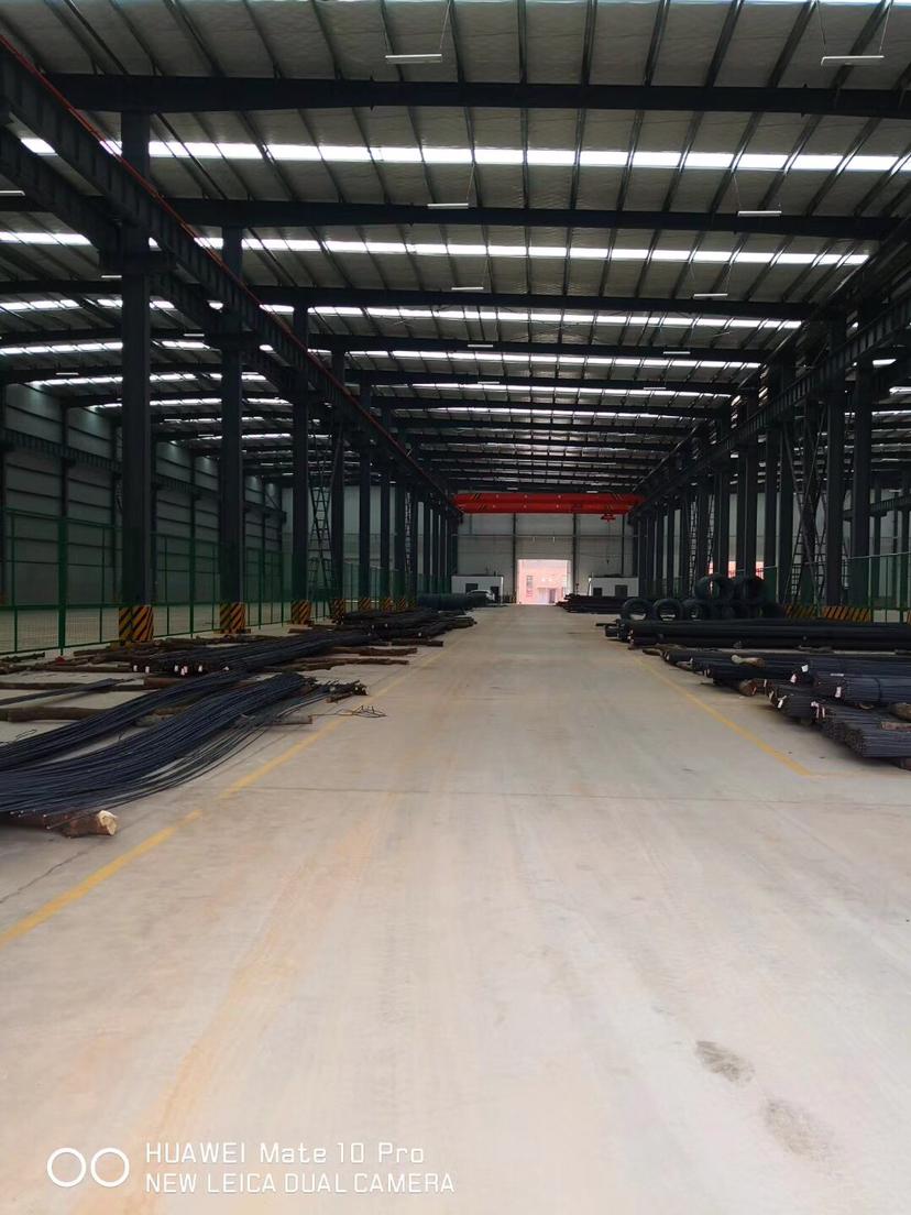 星沙工业园东十路钢结构厂房3300平米带20吨行车