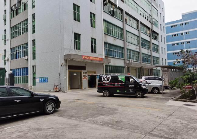 坪地低碳城工业园红本厂房分租一楼六米高厂房1900平