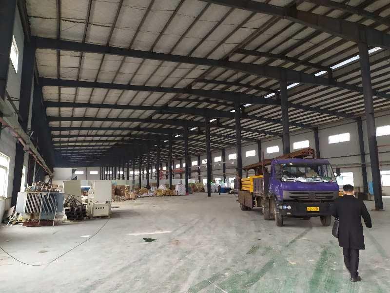 桐梓坡西路大跨度单层钢结构有超大坪价格23