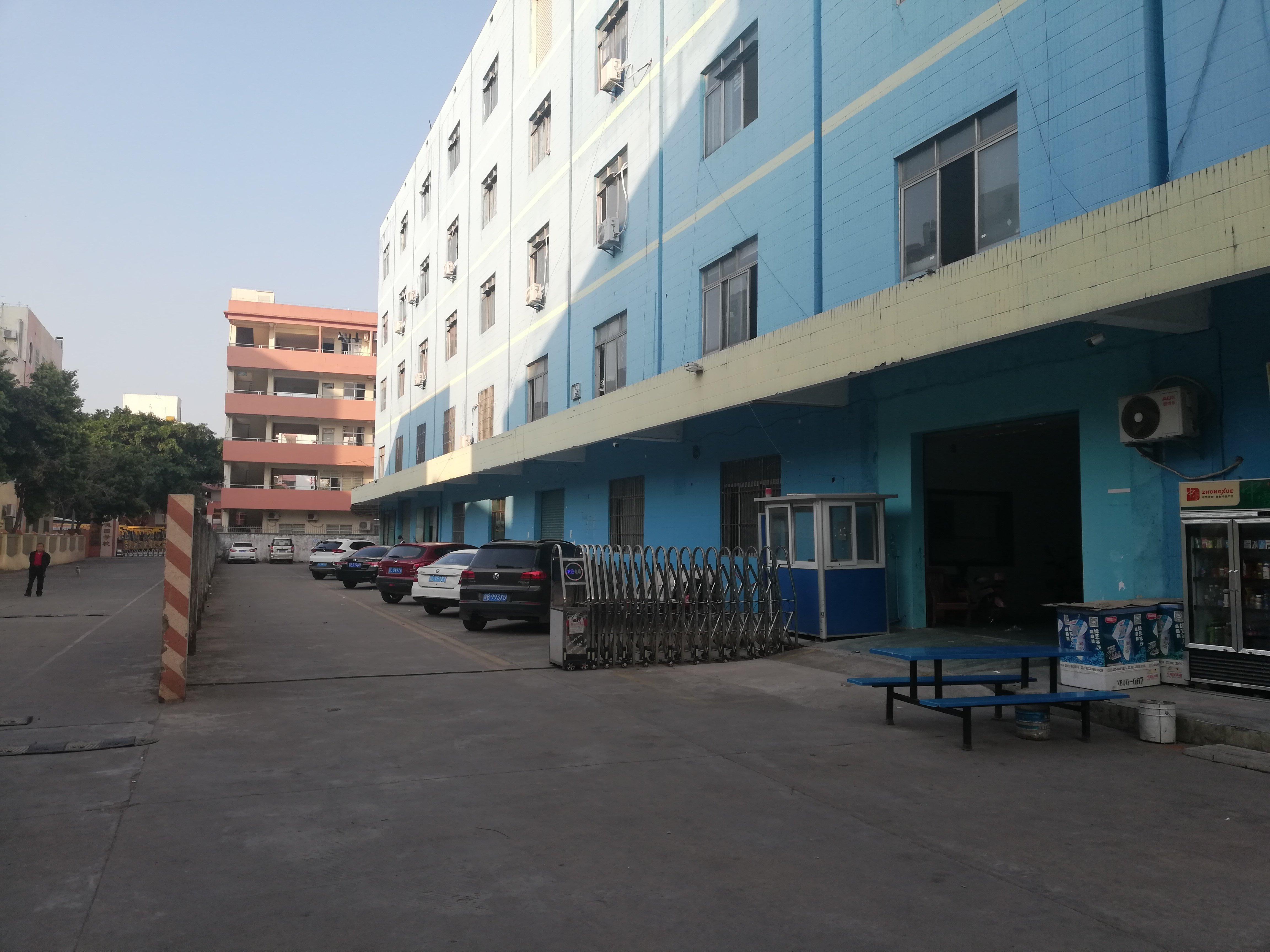 仲恺高新区园区分租小面积二楼250平带装修地坪漆