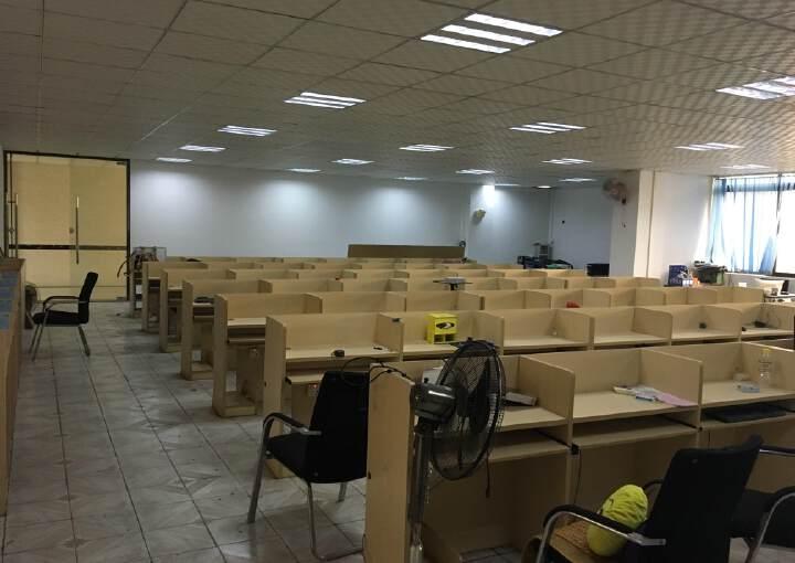 惠州城区南坛写字楼420平方低价出租价格美丽办公舒适图片4