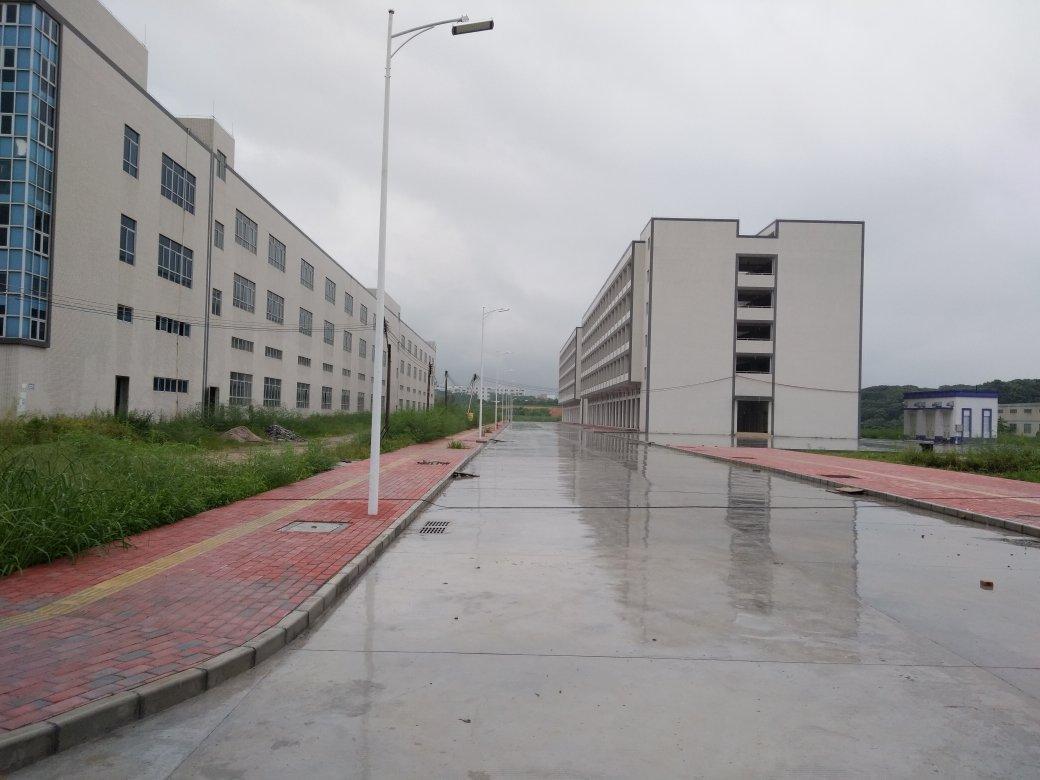 深圳红本工业园厂房,占地6500建筑12000售价9800万