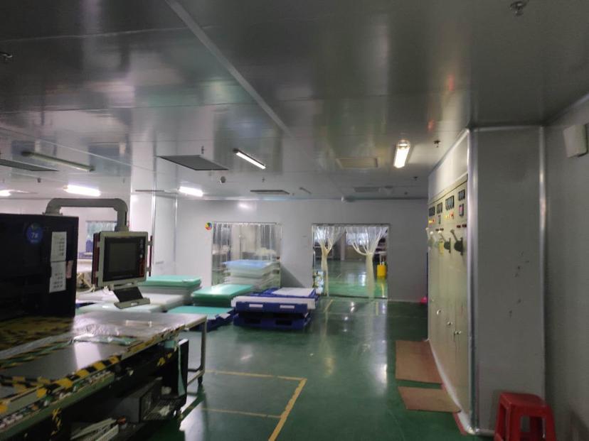 坪山大工业区新出楼上精装厂房2700平,现成无尘车间