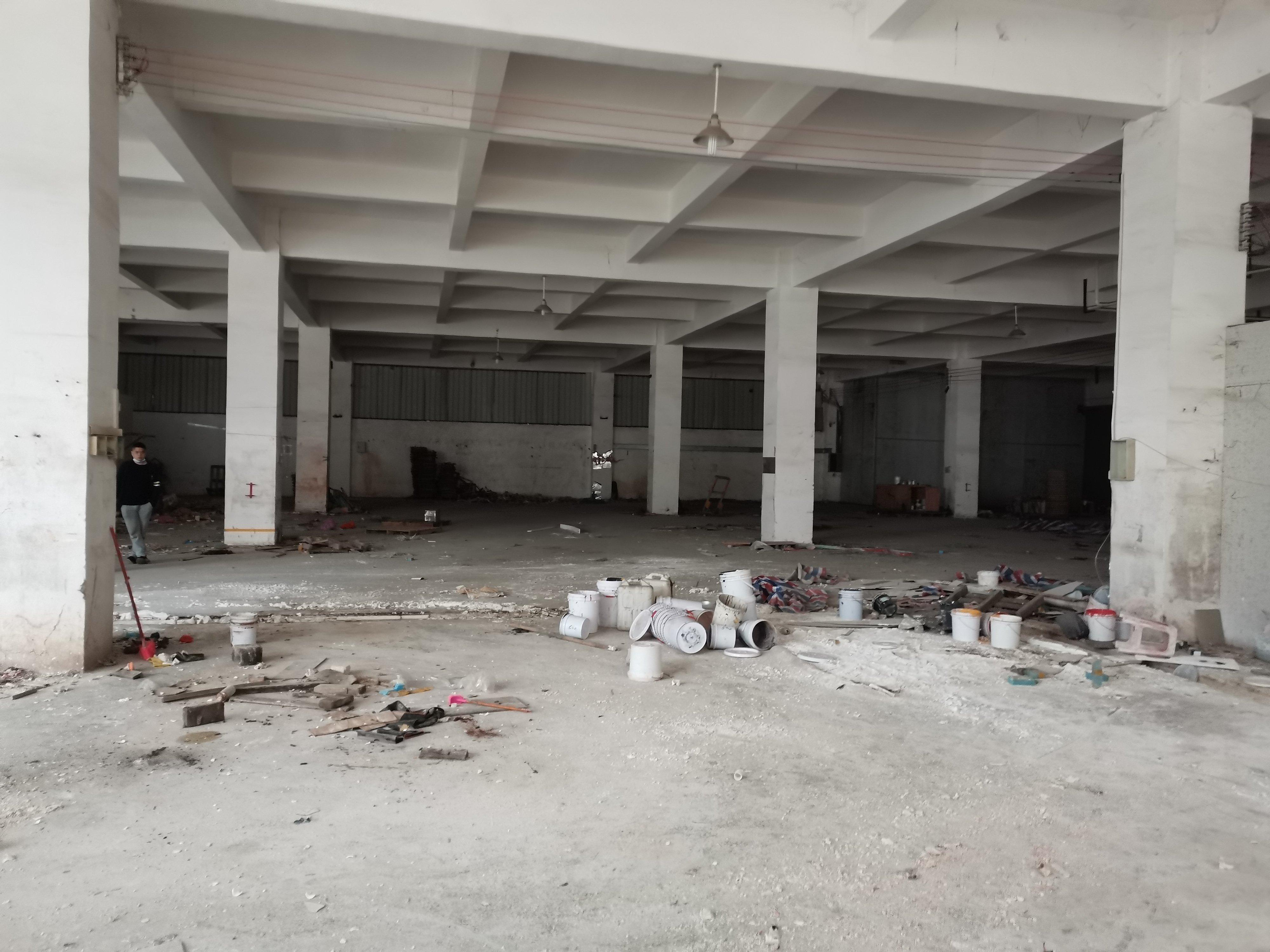 出租|中山大雁2000平方标准厂房一楼出租