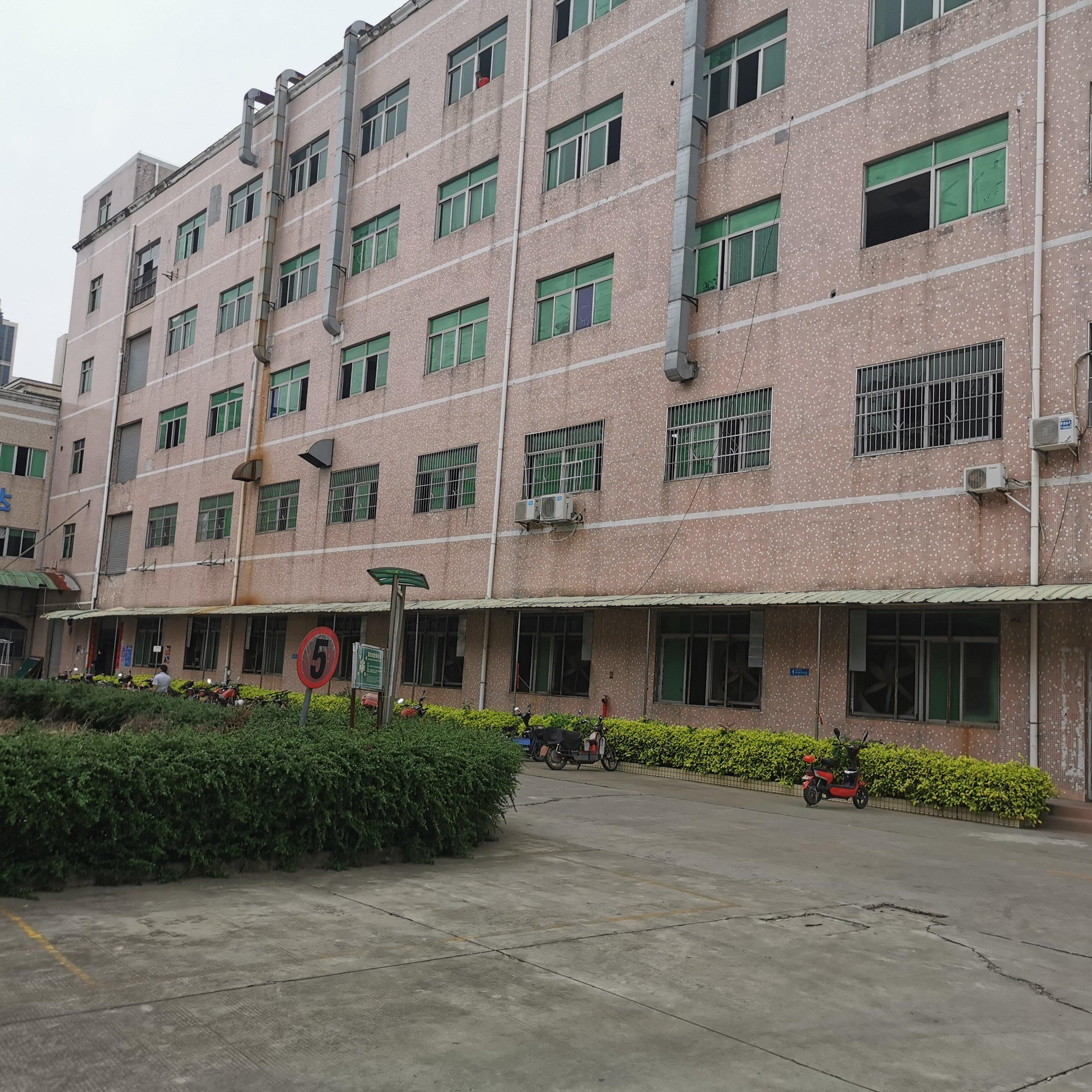 水口镇原房东花园式厂房出租1600平楼上戴装修