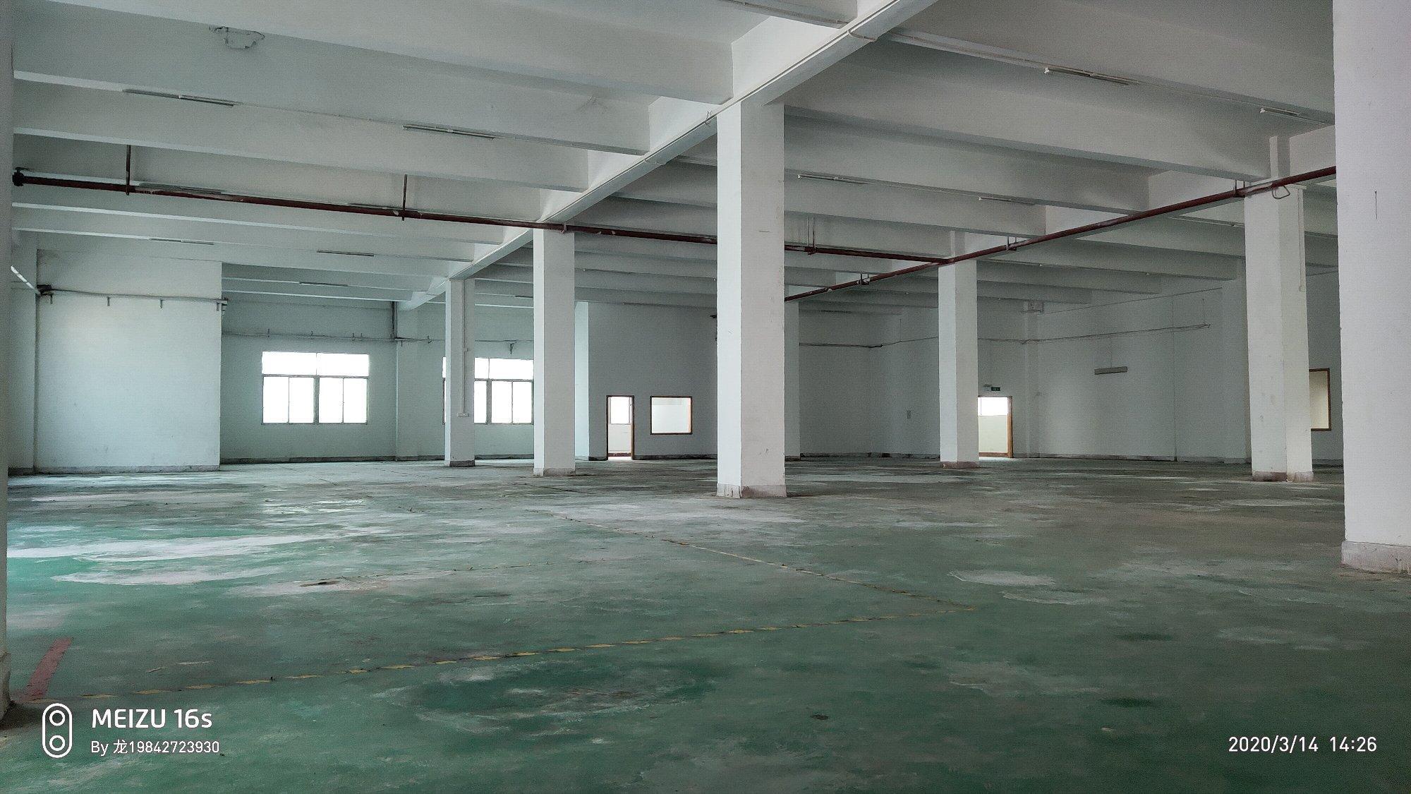 沙井高速路口1400平工业厂房仓库32元全包可签5年合同