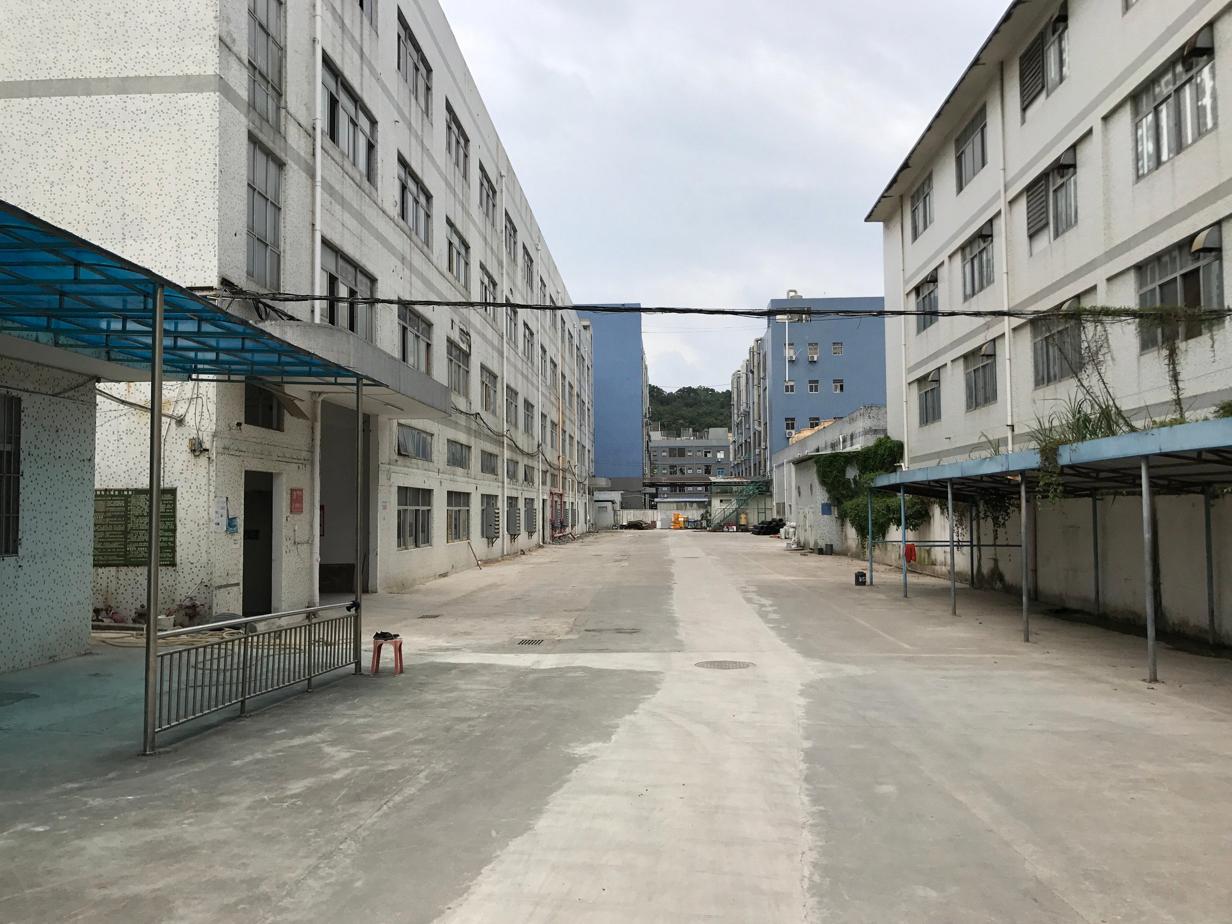 龙岗区横岗189工业区一楼780平标准厂房出租,高速口