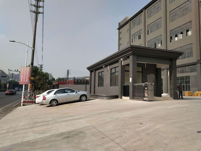 南海新出高标准楼层厂房6000方,厂房配5吨大电梯。