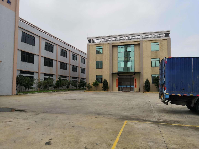 佛山市南海区里水镇和桂工业区独门独院18000方厂房出租。