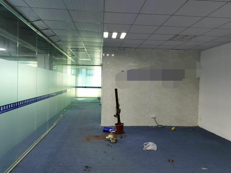 深圳龙华清湖轻轨站旁边新出精装修带办公室厂房780平出租-图2