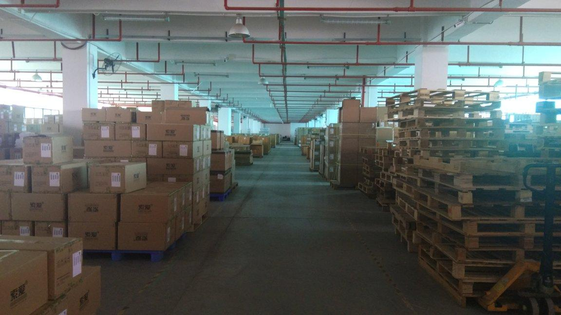 石岩塘头物流园楼上3000平米标准厂房仓库出租