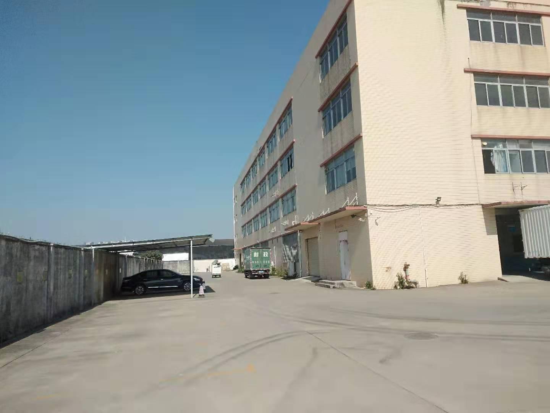 广州市荔湾区独院,标准厂房5400平,可任意分租有标准大电梯
