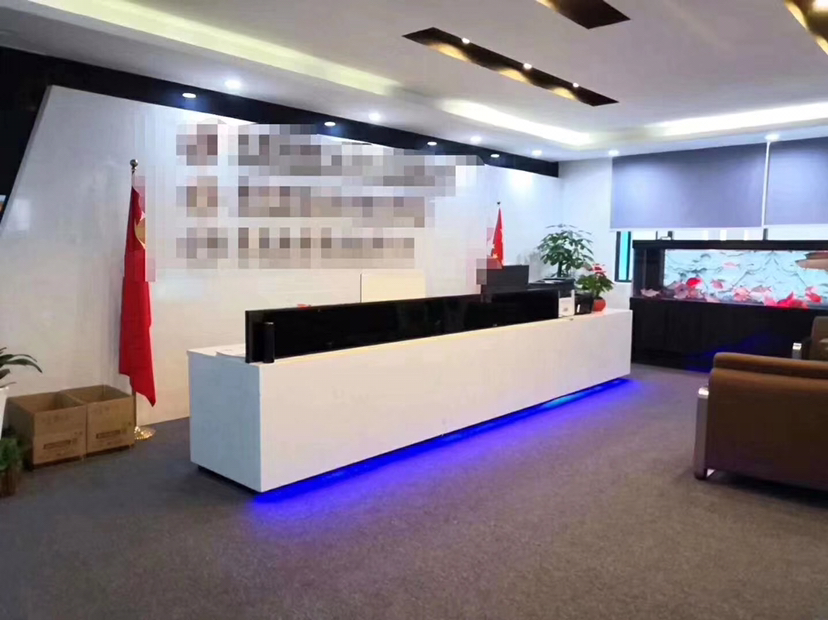 龙华大浪商业中心新出楼上1500平带装修无转让费出租