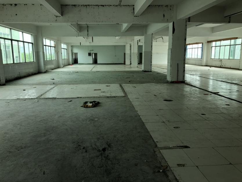 坪山大工业区办公仓库厂房820平方原房东直租面积实在