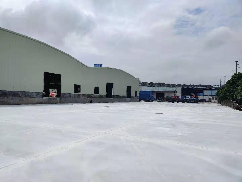 新出一楼独栋钢构仓库5000平米出租高度8米。空地大,有平台