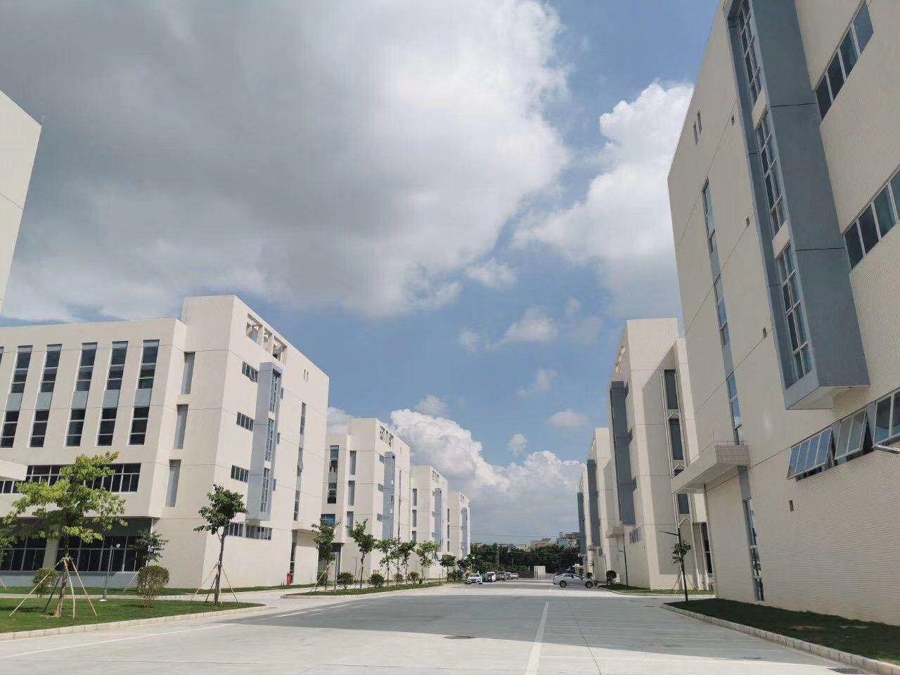 龙华全新工业红本厂房15000平米,1000平可分割,可按揭