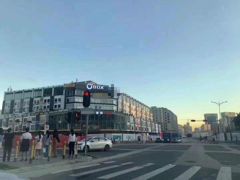 布吉园房东直售,红本独栋,位于地铁口200米,整栋打包出售