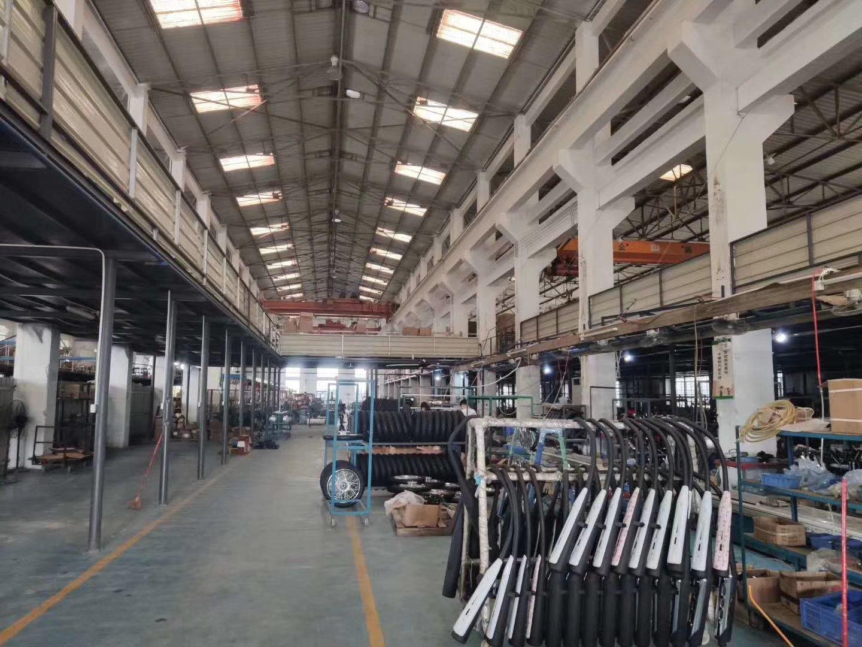 广州市从化区鳌头新出单一层钢构滴水9米仓库20000方