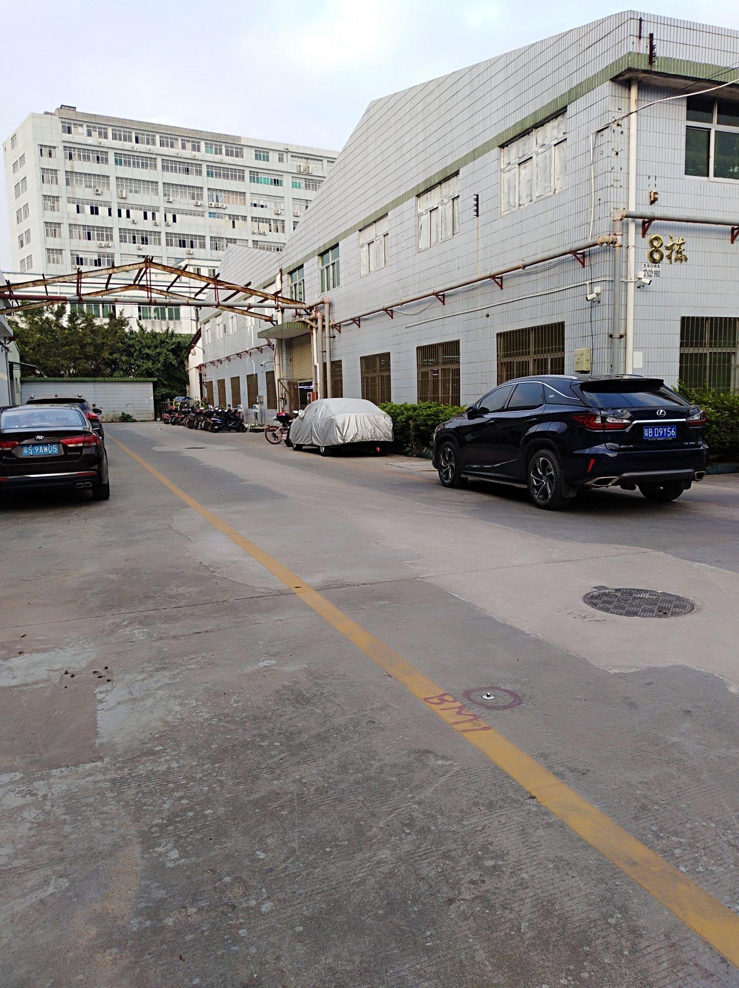 公明长圳村10米高钢结构厂房带卸货平台仓库出租