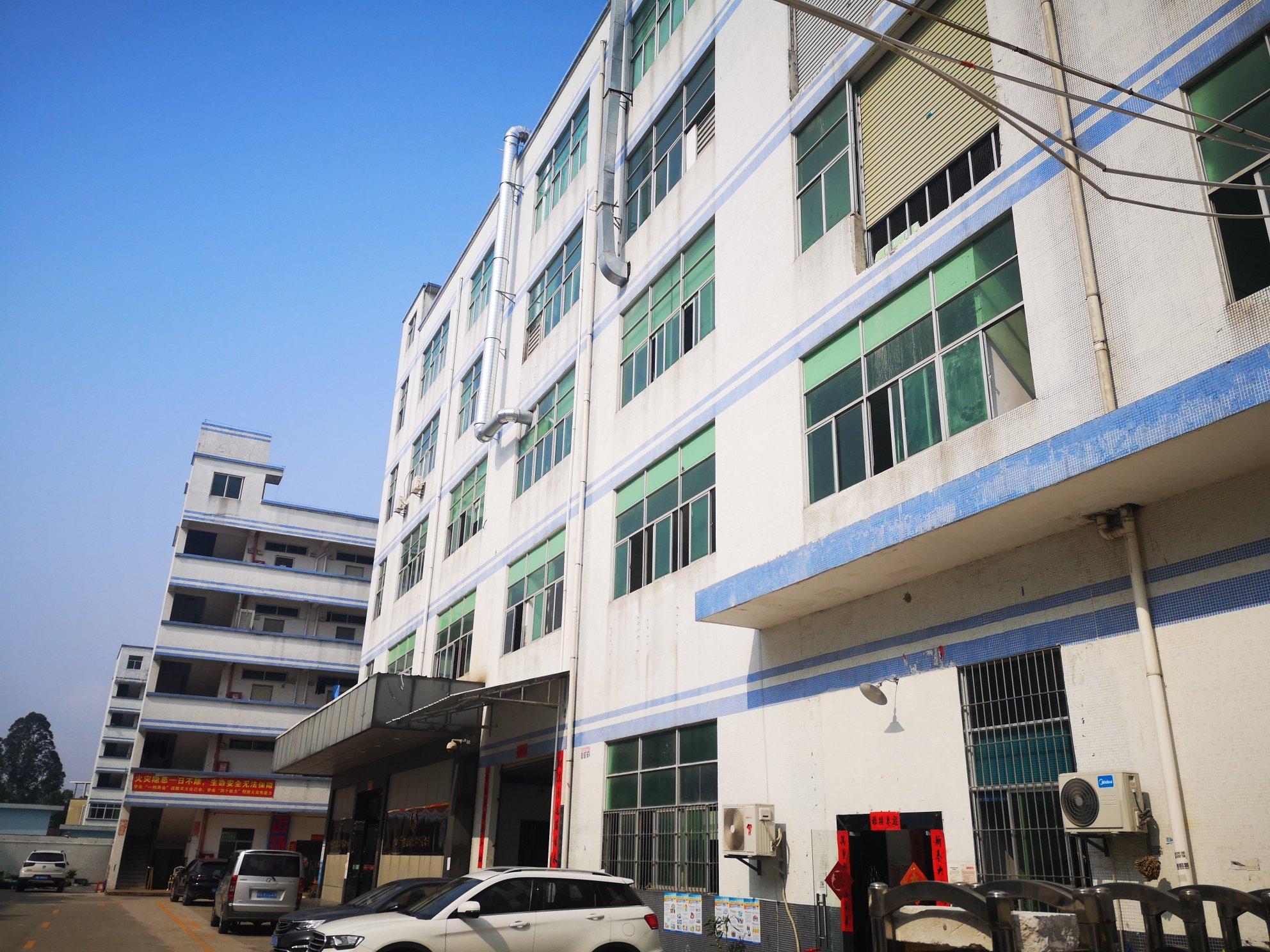 坪地新出楼上650平方带装修厂房可做仓库可办环评三吨电梯