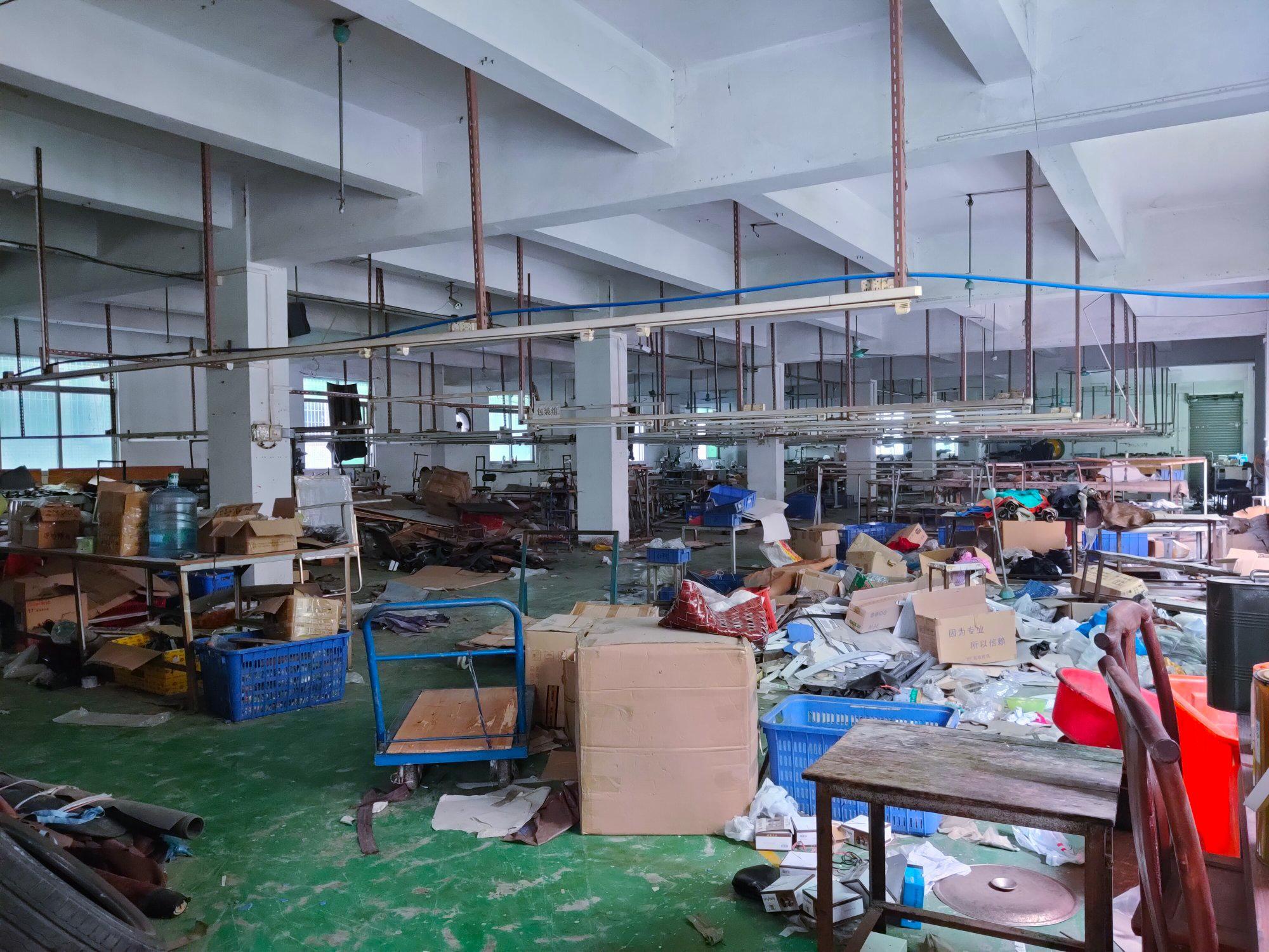 白云区嘉禾标准厂房二楼1200方,可做生产仓库,有标准电梯