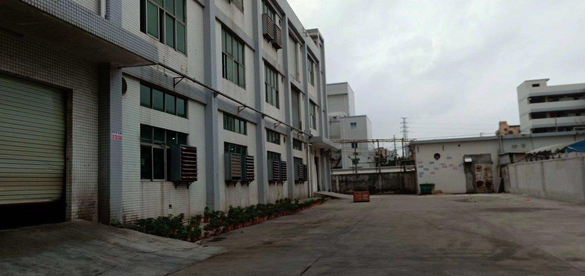 福永建筑面积约5756.16红本厂房出售