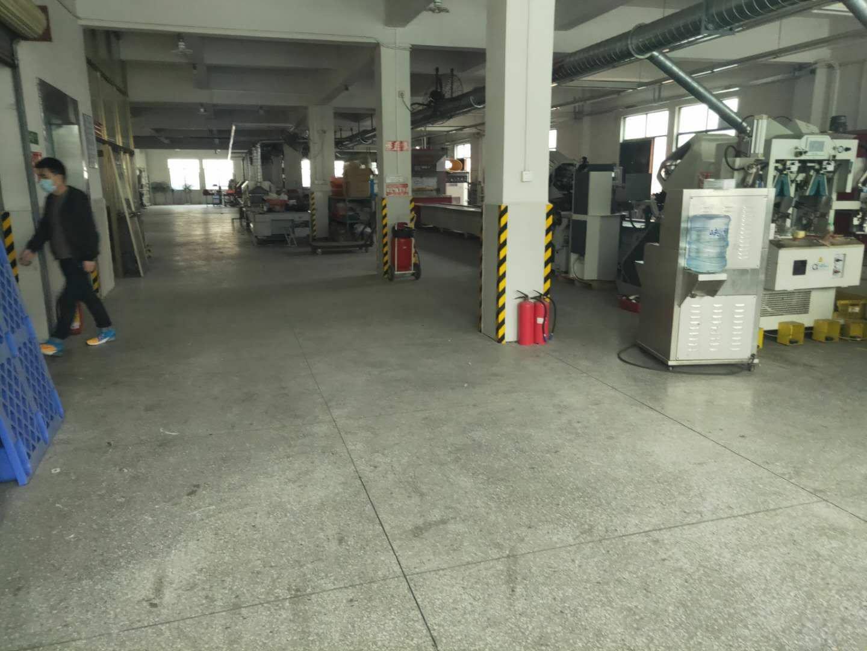 里水洲村工业区,每层1000方,有2.3楼可选