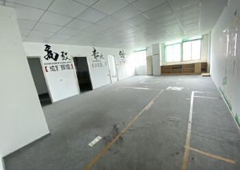 坂田上雪科技园新出楼上160平图片1