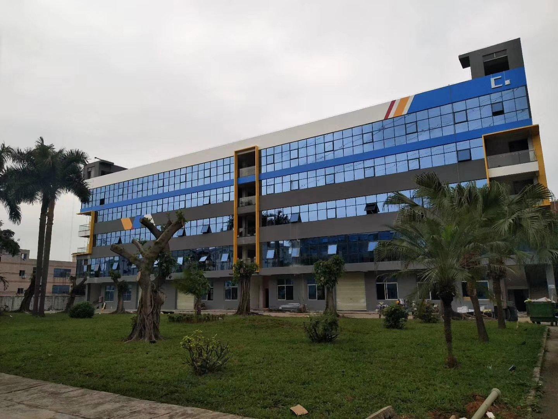 平湖电商创意园区楼上2600平方米厂房仓库出租可分租