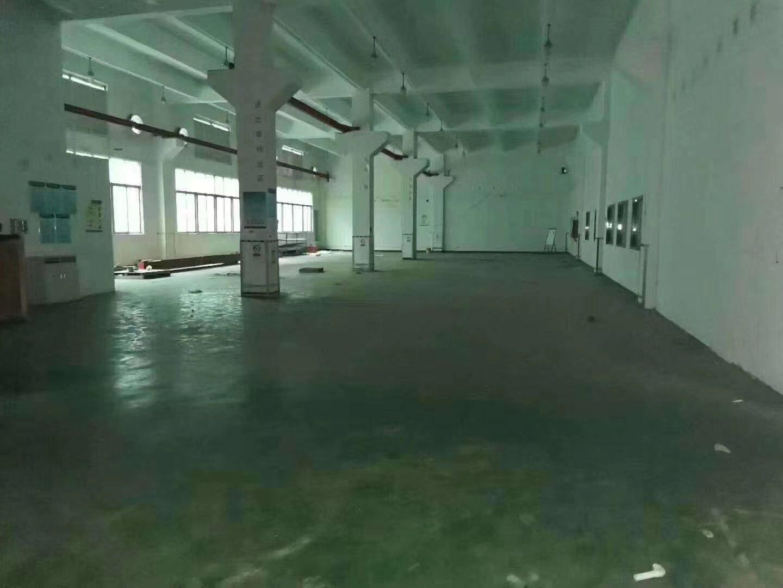 平湖华南城山厦工业区新出1楼1000平米厂房出租-图3