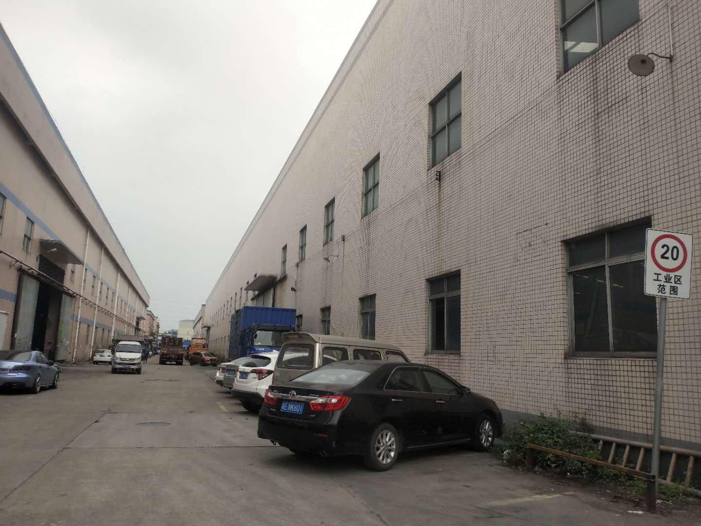 佛山顺德区乐从镇新出原房东单一层厂房9600方滴水12米