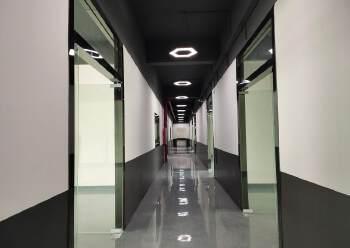 西乡站精装办公室配家私空调直接拎包入住233平3+1图片5