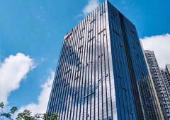 深圳北龙胜地铁口新空出630平带豪华装修办公室出租家私齐全