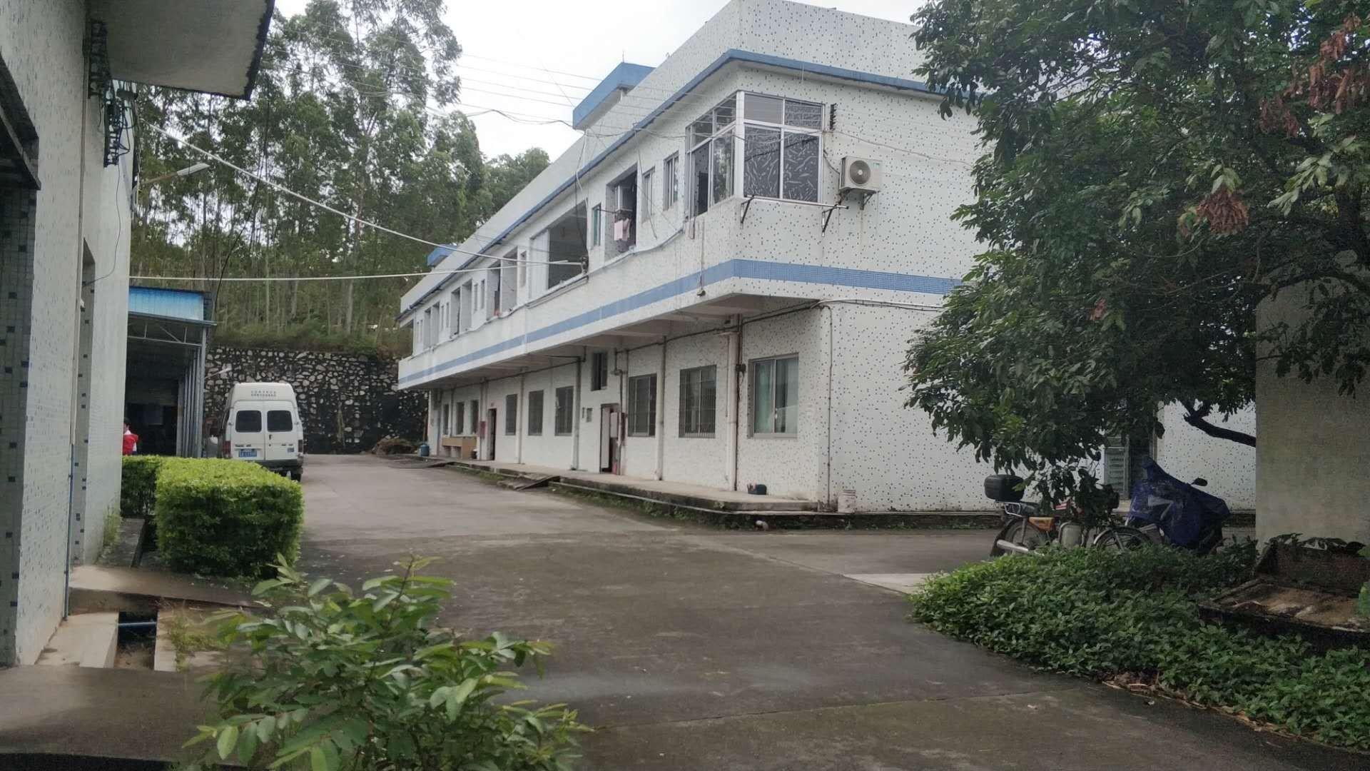 广州白云人和村委可做化妆品厂房出售建筑5400平独门独院