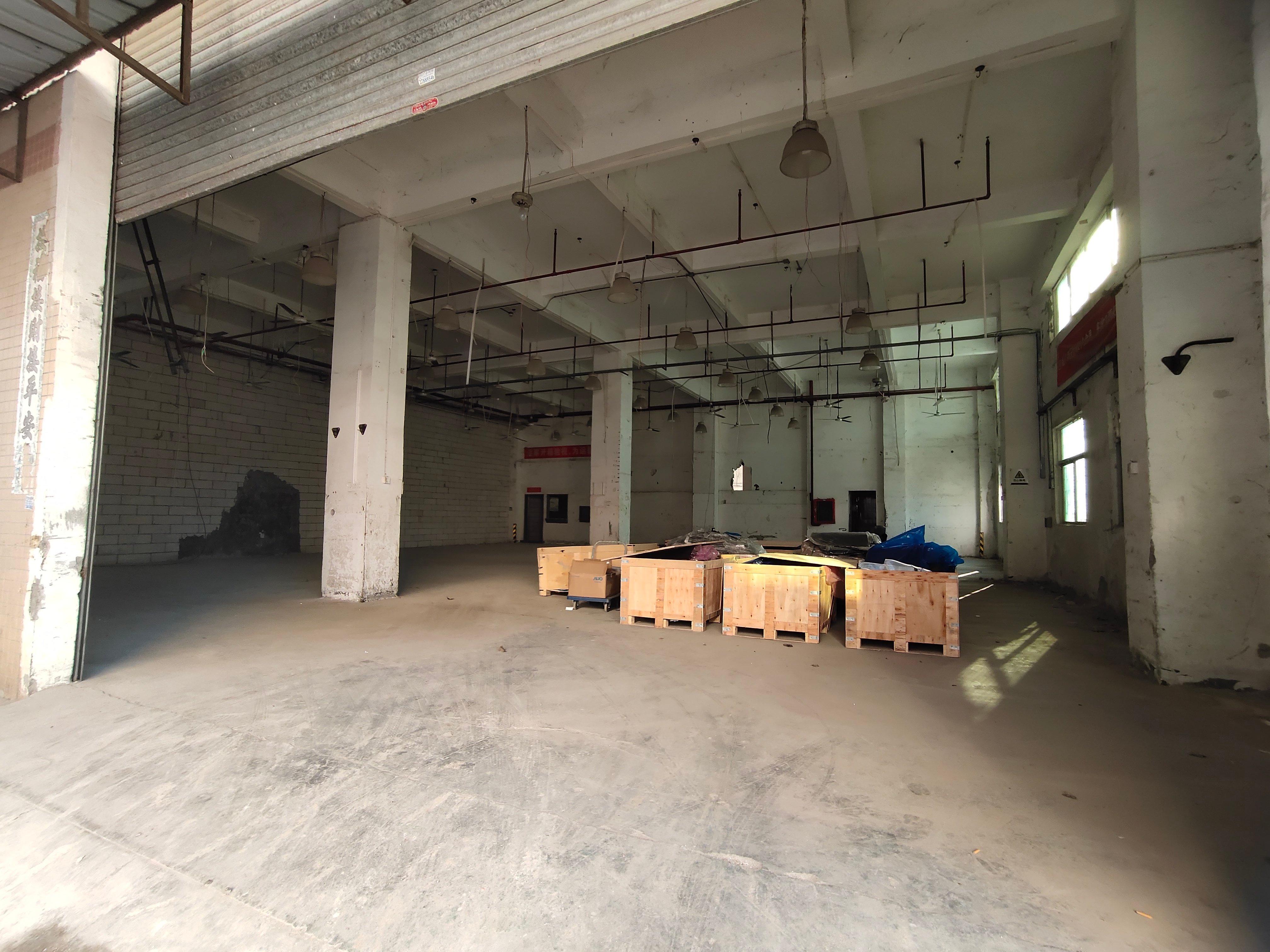 西乡航城一楼570平标准厂房出租适合任何行业